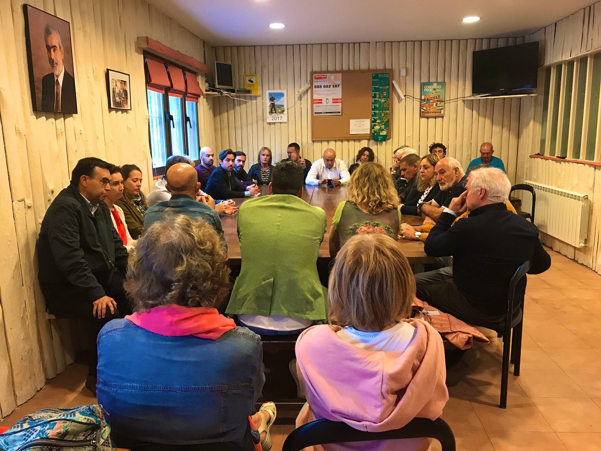 Reunión de trabajo con la Agrupación de Iruña de Oca.