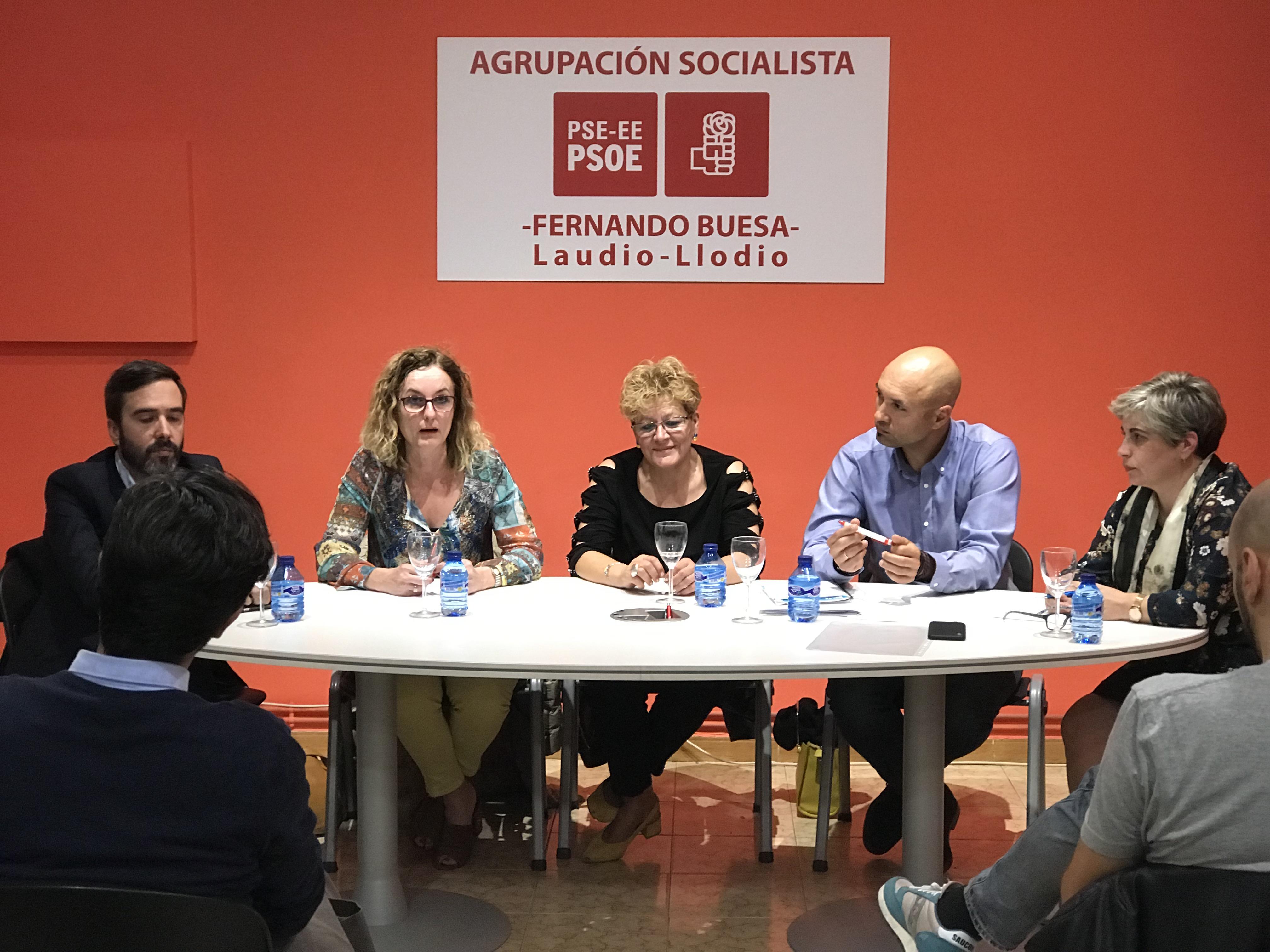 Reunión de trabajo con la Agrupación socialista de Laudio